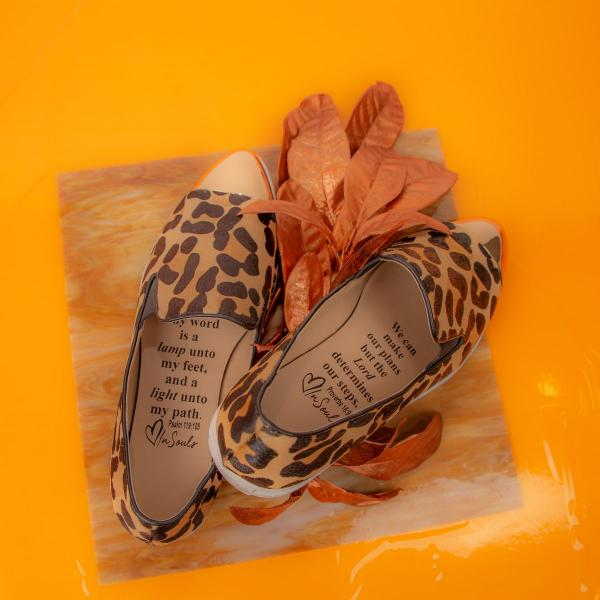 Product Photography - insoles with inspirational quote